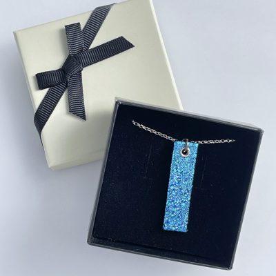 Gift shop – Aquamarine pendant boxed